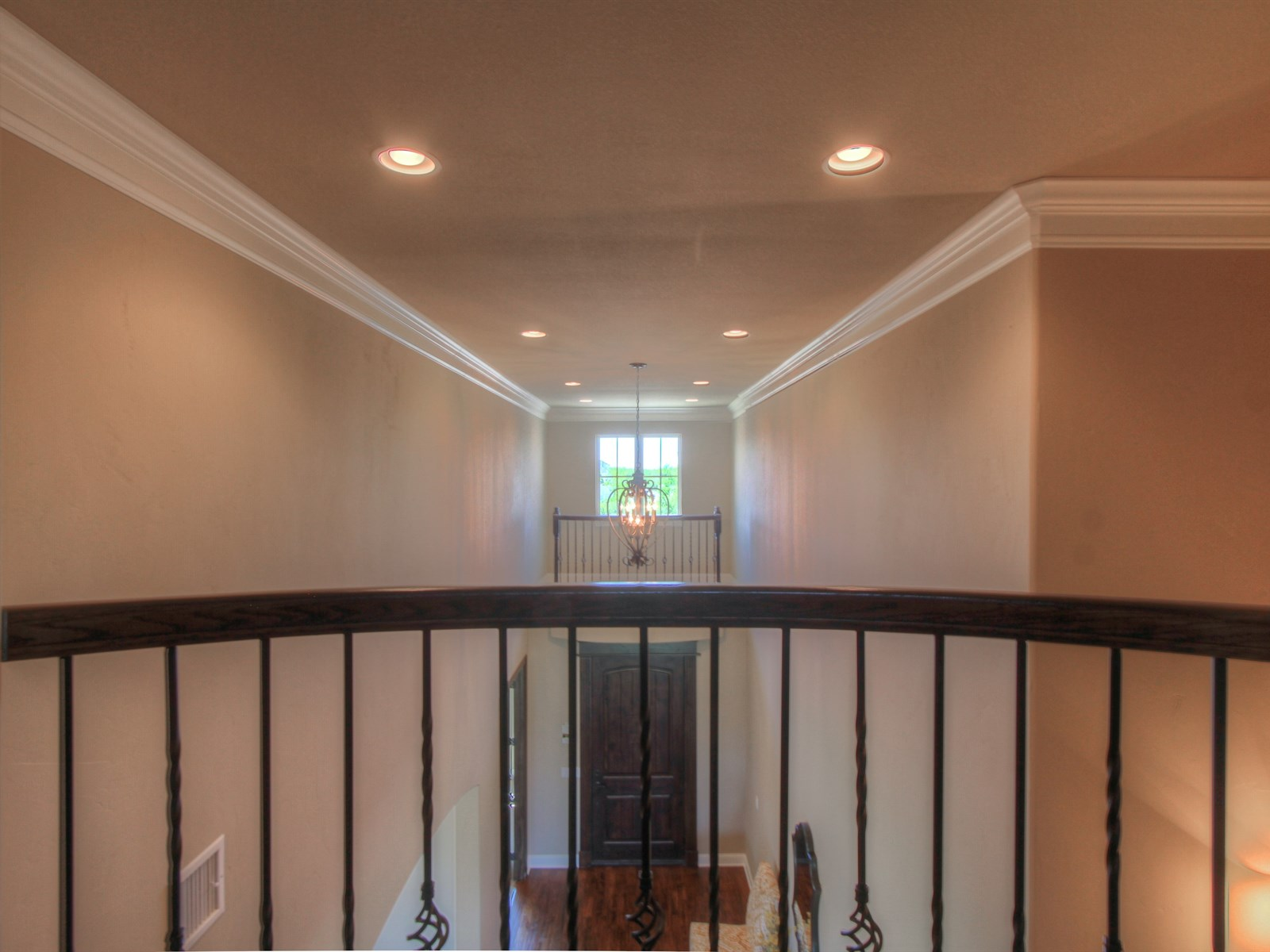 Featured properties hensley homes for Balcony upstairs